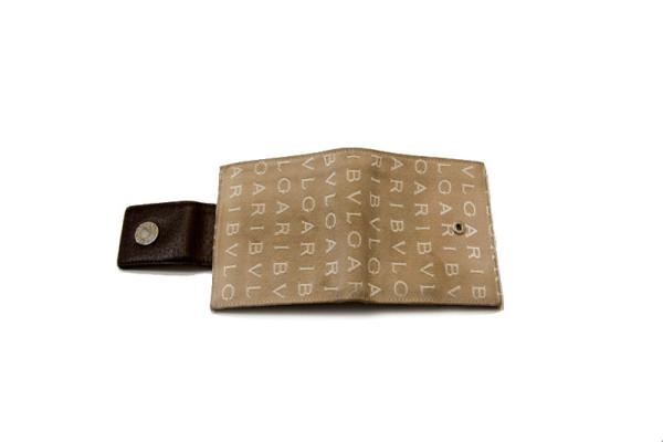 クリーニング前の財布写真